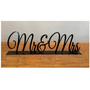 Black Mr & Mrs Sign